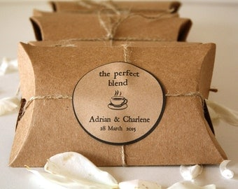 20 Coffee Wedding Favors with Coffee Samples 'The Perfect Blend'