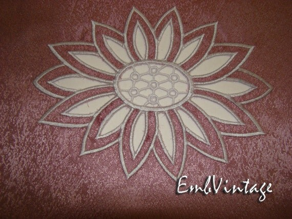 Embroidery design for machine cutwork by embvintage