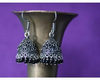 Fatima, earrings of Tibetan silver