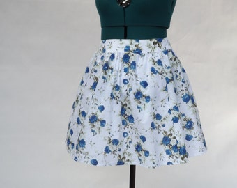 Blue/White Floral Skirt with Side/Front Pockets - UK 10