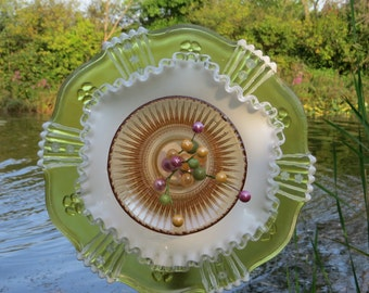Upcycled Garden Flower (Yellow & White): Decorative Lawn Ornament