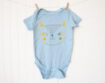 Light Blue Cat bodysuit / baby / infant / cotton / silkscreen / 18 months