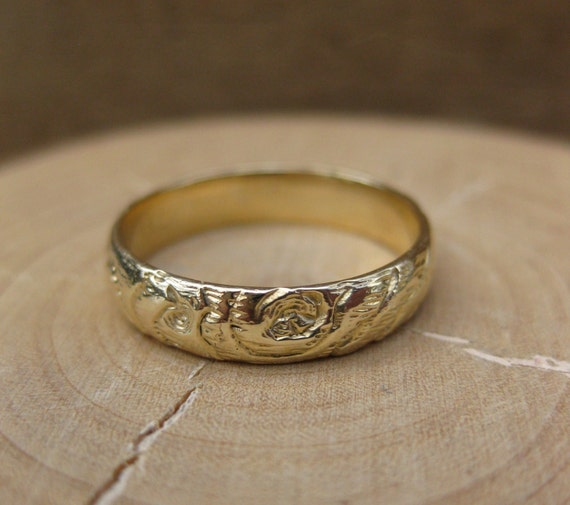 gold woodgrain ring 4mm PLYWOOD 14kt yellow MADE to ORDER