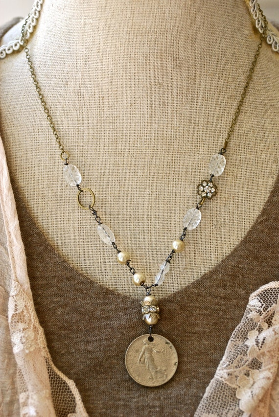 Layered Pearl Necklace With Brooch