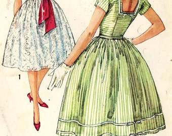 Rockabilly dress pattern 60s dress and belt bridesmaid Grad diy wedding bridesmaid dress vintage sewing pattern Simplicity 2958 Bust 32