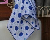 VERA ladybug polyester scarf royal blue circles dots - excellent condition