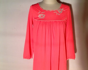VTG Neon Coral Nightgown // Embroidered // Maxi Length // Medium