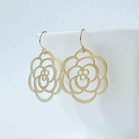 Flower Gold Dangle Earrings
