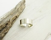 Simple Hammered Nickel Silver Ring. Silver Ring. Hammered Metal. Minimal. Modern. Boho. Thick Band Ring. Ancient Style.