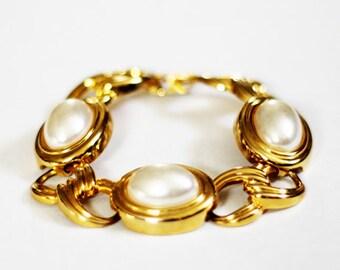 Vintage Gold Oval Pearl Bracelet