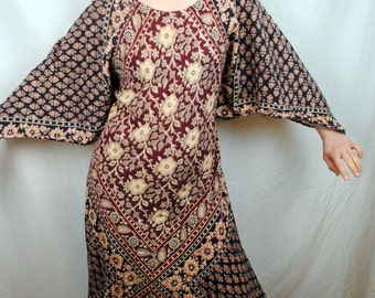 RARE Vintage Hippie 1970s Tapestry Tent Dress - Angel Sleeves