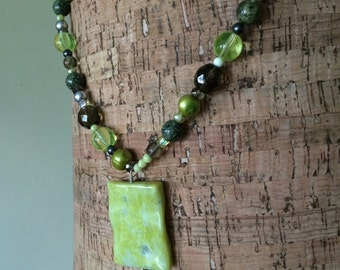 Smoke and citron necklace