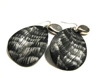 Vintage Silver and Black Resin Teardrop Fan Beaded Dangle Pierced Earrings