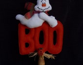 Halloween Ghost Boo Make Do Doll Display by Happy Valley Primitives HHCOFG