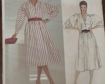 Vogue Pattern 1118 American Designer Adele Simpson Misses Dress Factory Fold