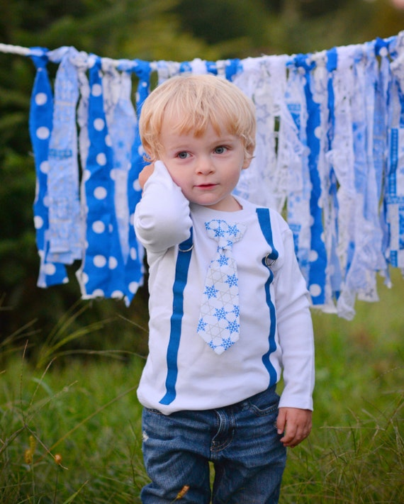 Baby Boy Hannukah Shirt. Chanukah Bodysuit. Toddler Boy Hanukkah Shirt. Hanukkah Clothing for Boys. Infant Bar Mitzvah outfit.