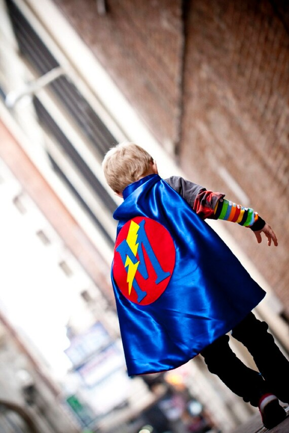 Cute superhero cape for your little ones!
