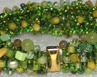 Funky  Spring Green Bracelet with Organic Style - Cyberlily