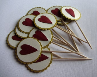 Scalloped cupcake toppers Wedding cupcake decorations Gold heart wedding food picks Wedding Food decoration