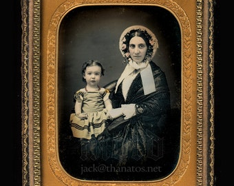 Stunning 1/4 Daguerreotype Mother and Daughter / New York City 1850s