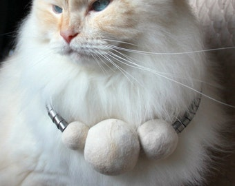 pomPOM cat hair necklace