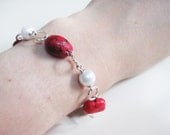 Red and White Bracelet - Peppermint - Dyed Howlite gemstone and white pearls - Silver plated Brass