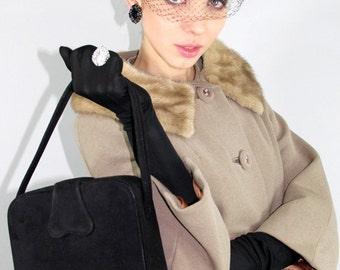 Vintage 50s Handbag TRAIN CASE Leather Suede Purse // Vintage Clothing by TatiTati Style on Etsy