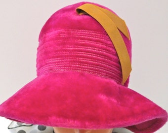 Bucket Hat Vintage Hot Pink Wide Brim Hat Velvety Plush Fake Fur 1960s 1970s Mod Hat Psychedelic Madrigal Italy Emma Boutique Club Kid Rave