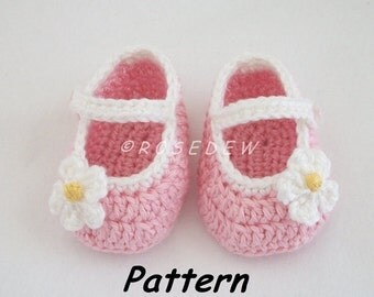 Instant Download to PDF Crochet PATTERN: Basic Mary Jane Baby Shoes with Posies