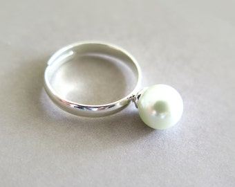 White Glass Pearl Silver Ring