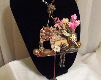 Unique Art Pendant, Necklace Avant Garde, Victorian Neck Piece, One of a Kind Still Life Collier.