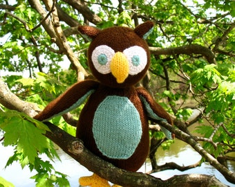 Oliver the Owl - PDF Knitting Pattern for Stuffed Animal