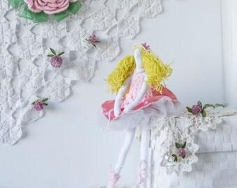 Art doll ballerina, Fabric ballerina doll, pink ballerina, cotton stuffed ballerina, Size 13''