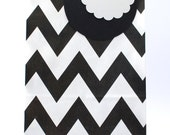Paper bags black 12 pack / Chevron pattern in black and white / flat bottom paper bags / favour bags / wedding / party