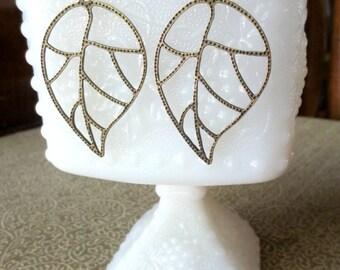 Leaf Earrings - Large leaf earrings- Antique bronze leaf earrings -  Filigree leaf earrings- Fashion earrings