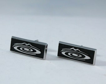 Nice Vintage Silver Tone and Black Cuff Links With Design