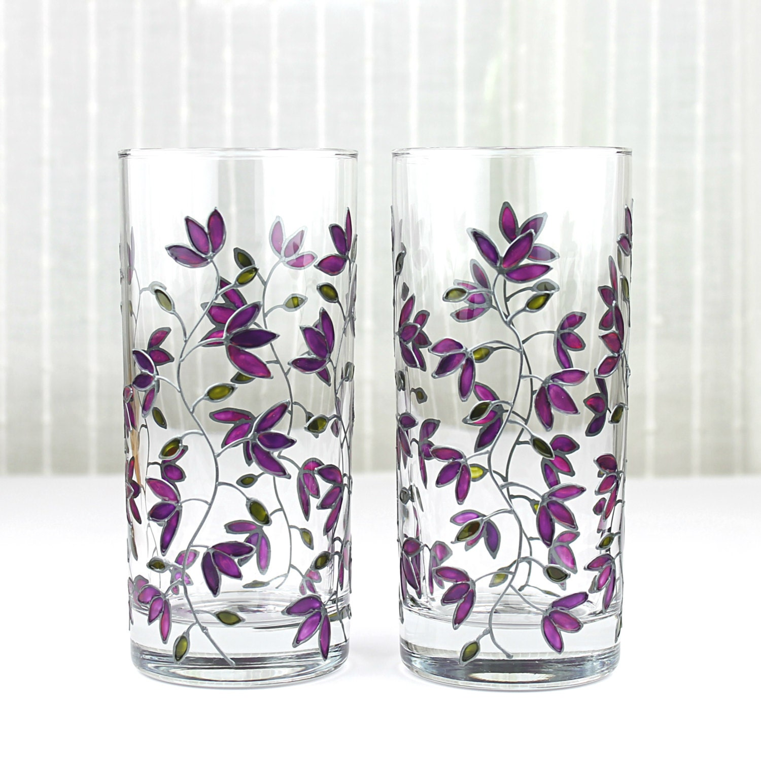 Hand painted glasses purple tulips design tumblers water for Hand painted drinking glasses