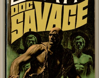 Doc Savage 65, The Green Death by Kenneth Robeson 1971 Bantam Book S6725 First Bantam Printing. Cover Art by James Bama. Vintage Paperback