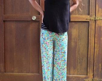 Beach Comber Pants in Floral Print