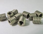 40 Vintage 5mm Tiny Matte  White Metal Coiled Wire Beads Mt228