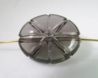 10 Vintage 20mm Grey Carved Lucite Beads Bd1194