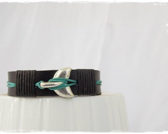 Whale Tail Bracelet, Men's Leather Bracelet, Ocean Bracelet For Him, Oceanic Bracelet, Leather Orca Bracelet, Nautical Leather Bracelet Cuff