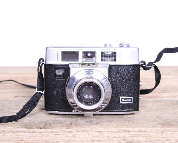 Kodak Camera / Antique Camera / Kodak Motormatic 35F / Vintage Camera / Leather Camera Case / Film Camera / Old Kodak Cameras / Old Camera