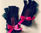 20% off handmade lace fingerless gloves....pin up, lolita retrò,burlesque style..couponcode SALEFORYOU