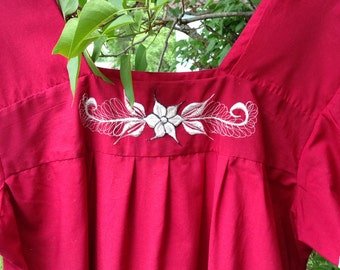Vintage El Salvador Embroidered Dress