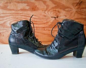 Black Vintage Booties Leather Zipper Heel - Size 8