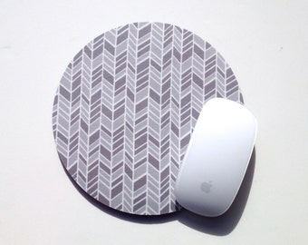 Herringbone Mouse Pad / Chevron Gray and White / Round Mousepad / Office Home Decor