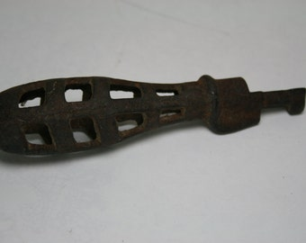 Vintage to Antique Metal Stove Grate Handle