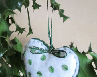 Hand Embroidered Green & White Felt Heart - Christmas -  Tree - Ornaments