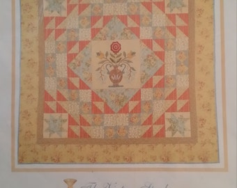 Floral Medallion Quilt pattern by the Vintage Spool